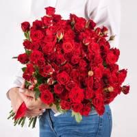 Букет 31 красная кустовая роза с лентами R484